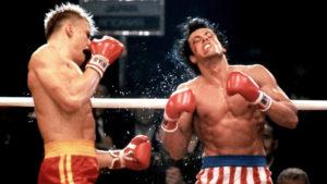 Illalla tv:ssä: Viihdyttävässä Stallone-leffassa oli vakava tilanne – Syltty oli menettää henkensä ja joutui sairaalaan neljäksi päiväksi