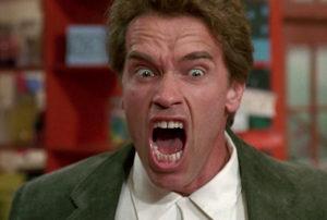 """Schwarzeneggerin Lastentarhan kyttä oli liikaa – poistettiin elokuvafestarin ohjelmistosta, koska """"se on kuin Birth of a Nation"""""""